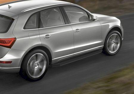 Bočné nášľapy Audi Q5 2008-2017 Black 193cm